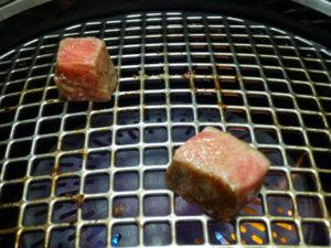 長太屋サイコロ肉