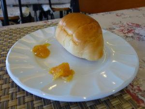 パンと柑橘ジャム