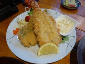 海老と魚のフライ
