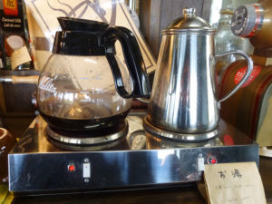 お湯とホットコーヒー