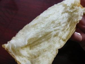 ちぎられたパン