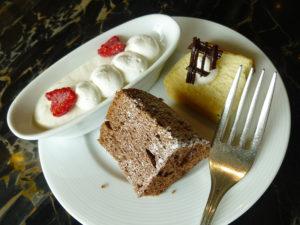 ラウンジ ティータイム 帰り際のケーキ類