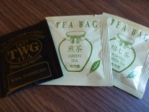 部屋に備え付けの紅茶等