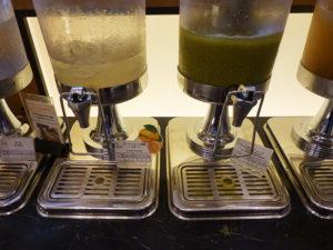 レモネードや小松菜ジュース