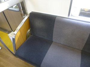 マイトレインの座席