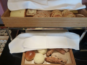 朝食 パン類